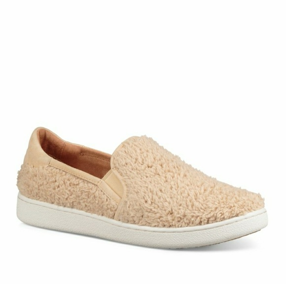 90dff3c4a74 UGG Women's Ricci Slip-On Sneakers 8.5 NEW NWT